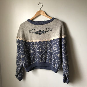 VINTAGE CABIN CREEK large acrylic sweater